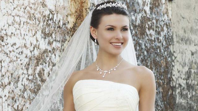 Collection De Robes De Mariée De Qualité Moins Cher