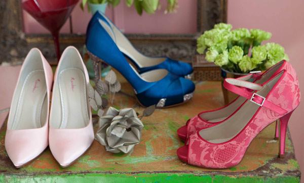 des chaussures de mariage de toutes les couleurs. Black Bedroom Furniture Sets. Home Design Ideas