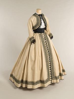 Robe 1850 belle epoque