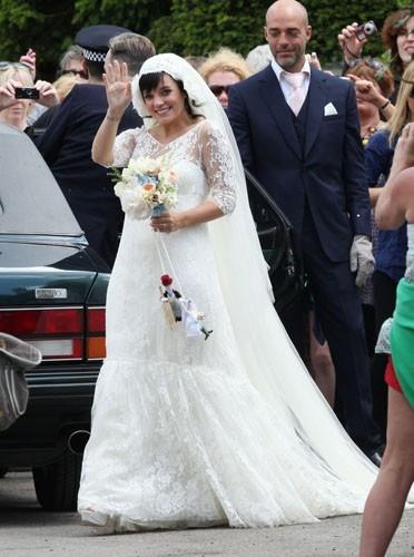 robe mariage Lily Allen