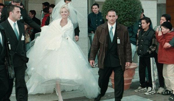robe mariée Adriana Karembeu