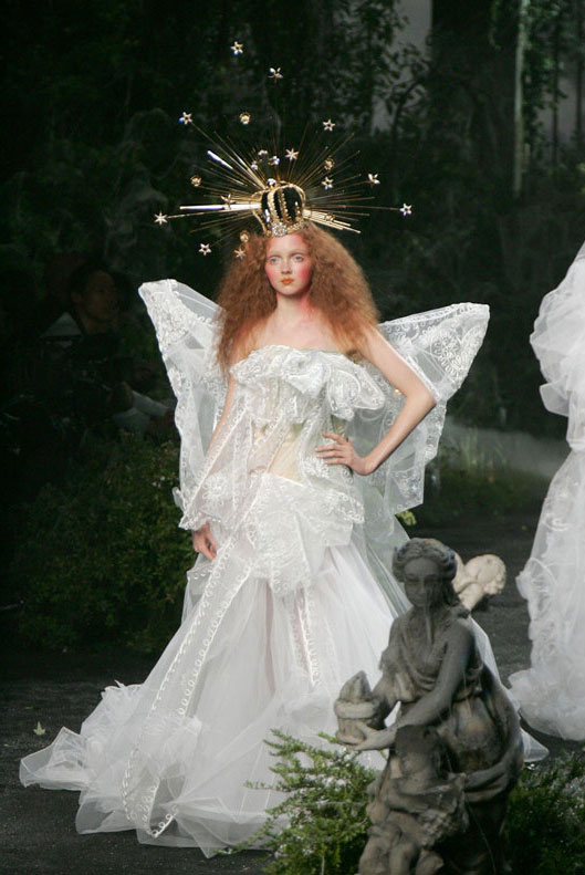 Lily Cole robe mariée
