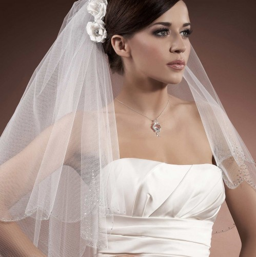 voile mari e tulle italien ivoire ou blanc avec perles de verre et swarovski elements rosabella. Black Bedroom Furniture Sets. Home Design Ideas