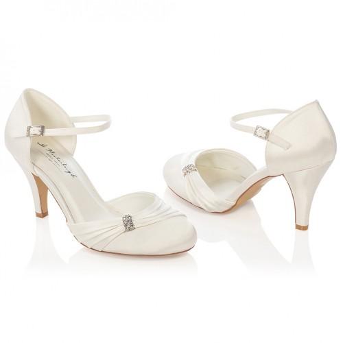 Escarpin mariée satin avec applique en strass Sophie. Appuyer pour agrandir  · Chaussures de mariée ivoire ou blanche ... 5067d9eee81