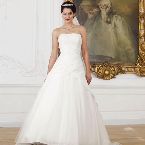 a22b2fe3b143b Robe de mariée princesse ivoire en taffetas et tulle Jessica