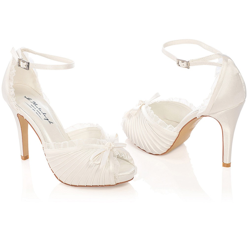 brand new ab9e0 50b9f chaussure-mariage-charlotte-westerleigh.jpg