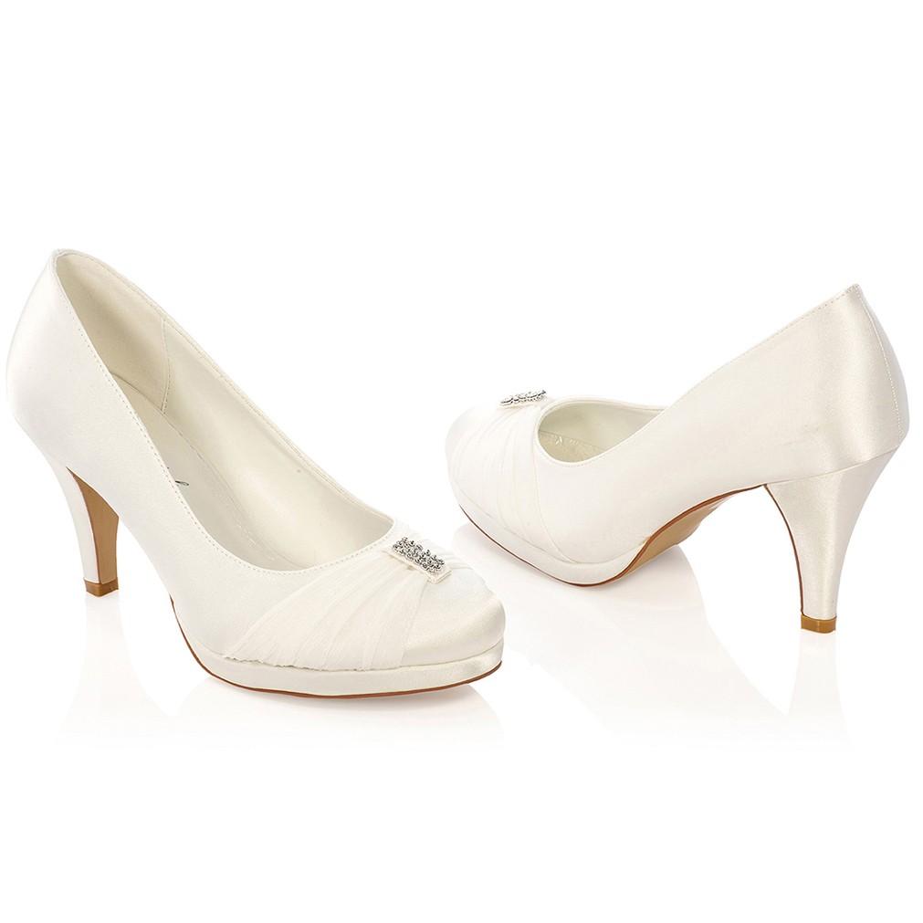 96d8b5b557adc7 Chaussures de mariée ivoire ou blanche Hannah