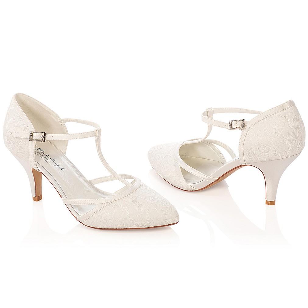 3193bf761c26 Chaussure mariage ivoire en dentelle à bout pointu talon 7 cm ...
