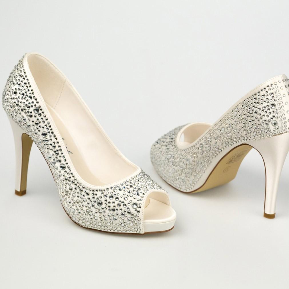 chaussure mariage ivoire en satin bout ouvert talon 11