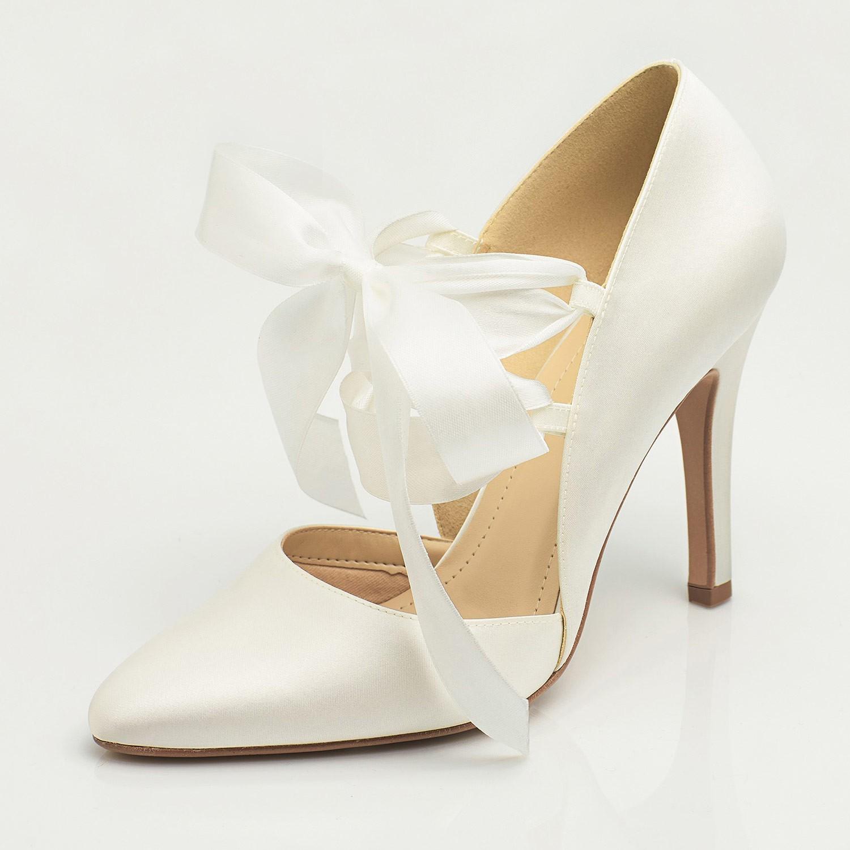 0bf690841085b0 Chaussures de mariage ivoire à ruban Gigi Avalia