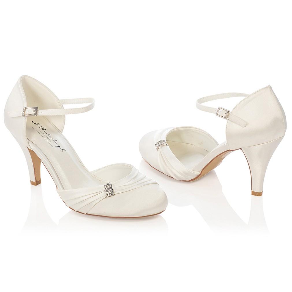 8059b0531a7011 Chaussures de mariée ivoire ou blanche Sophie