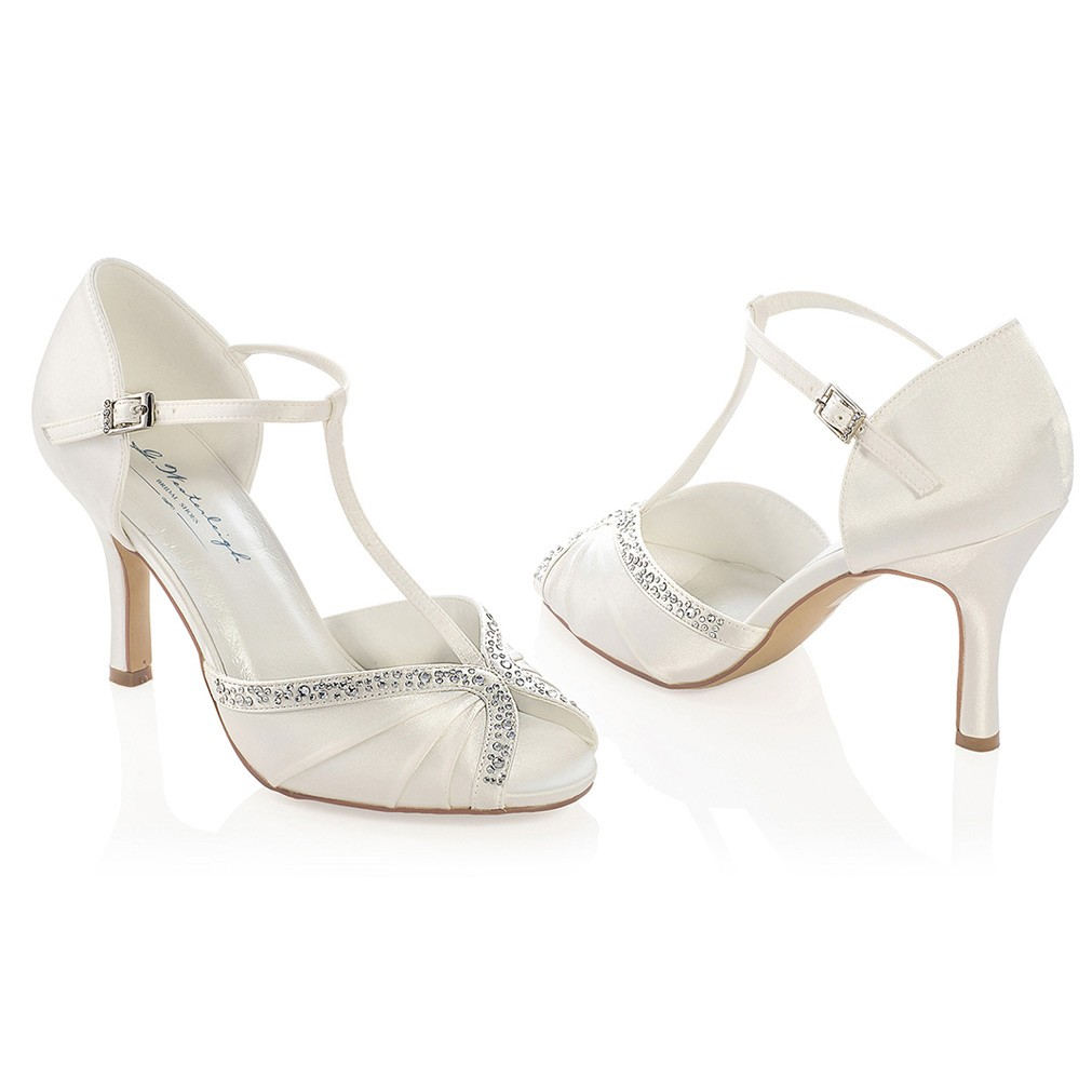 chaussure mariage ivoire ou blanche en satin bout ouvert On chaussures habillées en coin mariage
