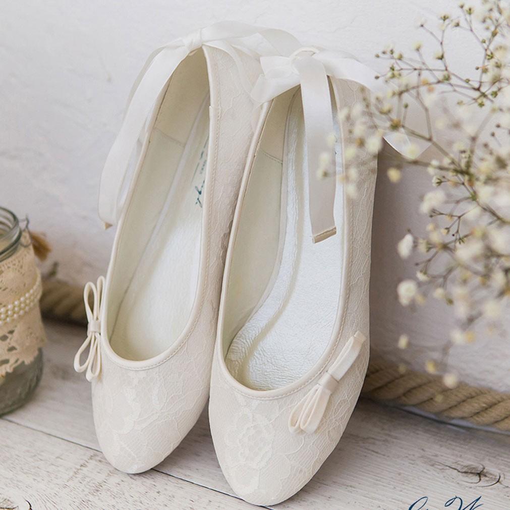 ballerines mariage ivoire en dentelleruban nouer la. Black Bedroom Furniture Sets. Home Design Ideas