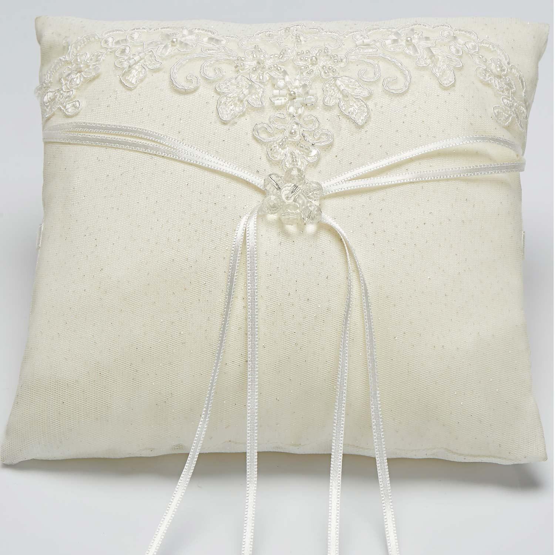 coussin d 39 alliance en dentelle pour mariage maeva. Black Bedroom Furniture Sets. Home Design Ideas