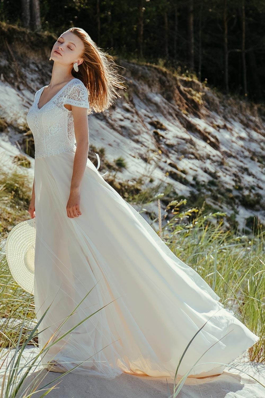 Robe de mariée dentelle bohème chic Isis