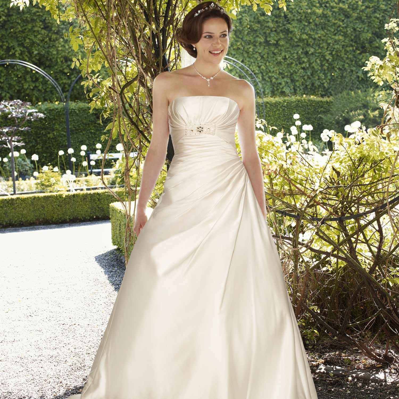 Robe de mari e pas cher en ivoire et satin charl ne instant pr cieux - Robe de mariee charleston ...