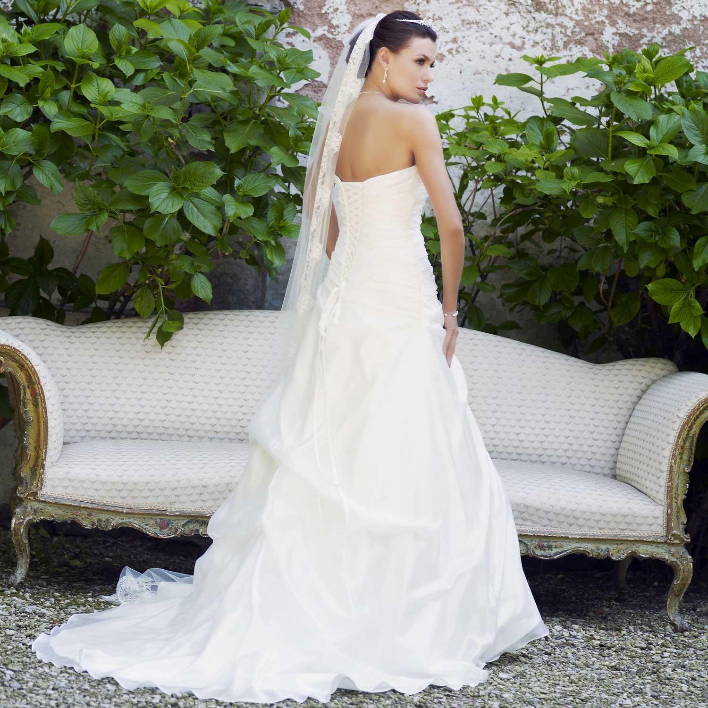 Robes élégantes: Les robe de mariee pas cher