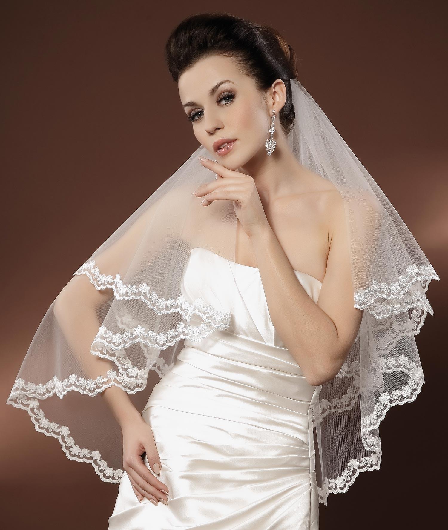 voile mari e tulle ivoire ou blanc avec dentelle feodorini. Black Bedroom Furniture Sets. Home Design Ideas