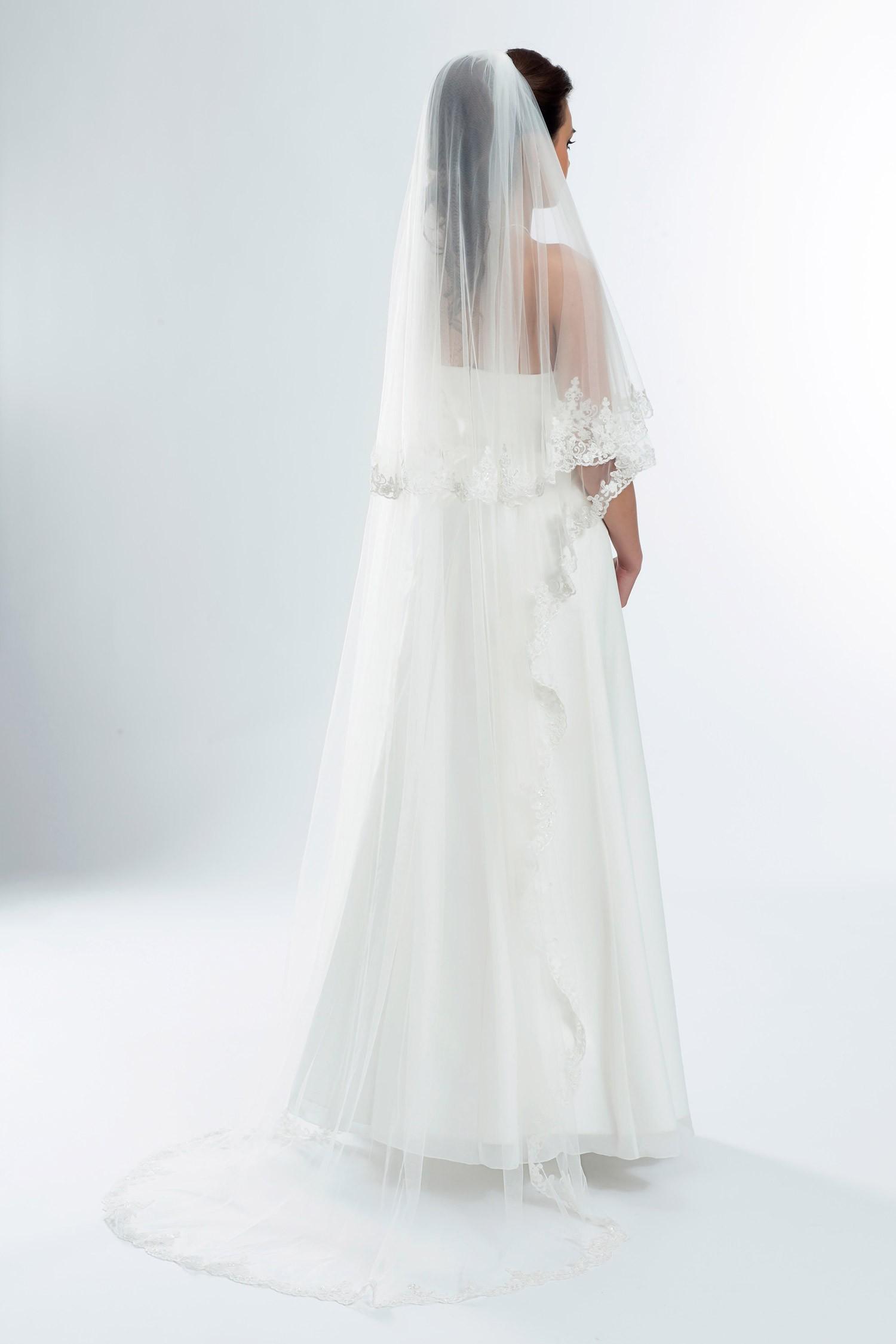 voile de mariage ivoire ou blanc en dentelle et perles de verre odalys. Black Bedroom Furniture Sets. Home Design Ideas