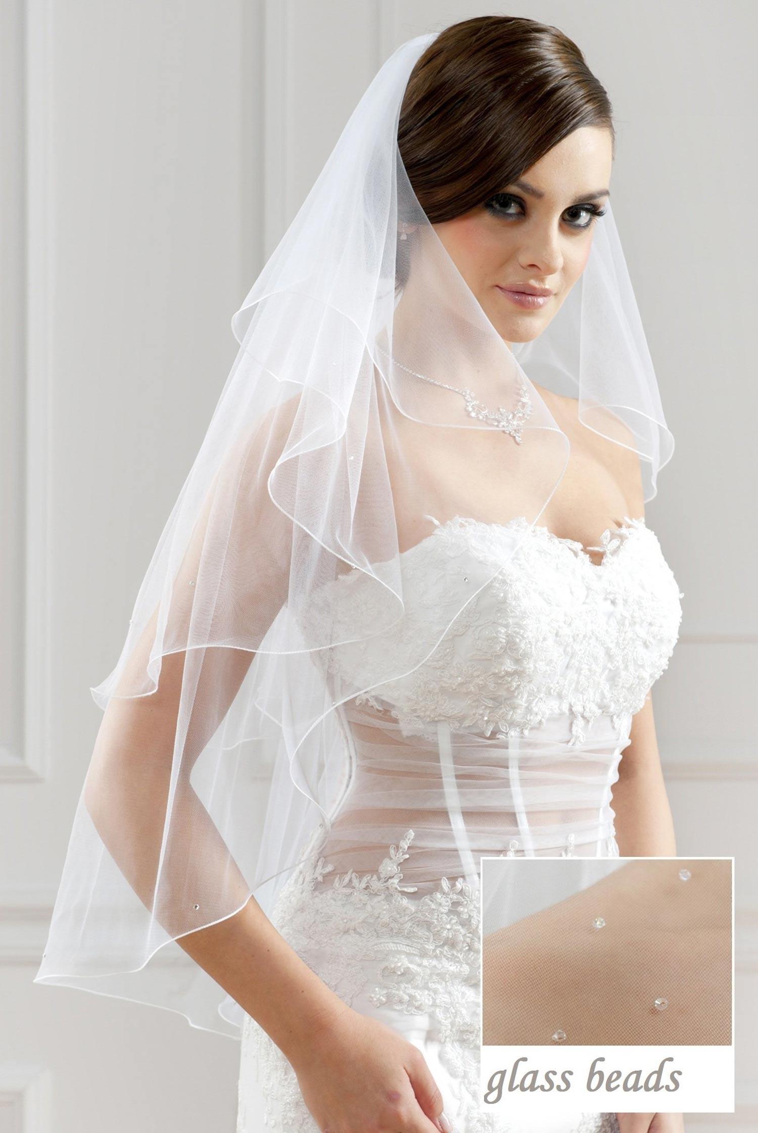 voile de mari e mi long blanc ou ivoire avec perles de verre bruna. Black Bedroom Furniture Sets. Home Design Ideas