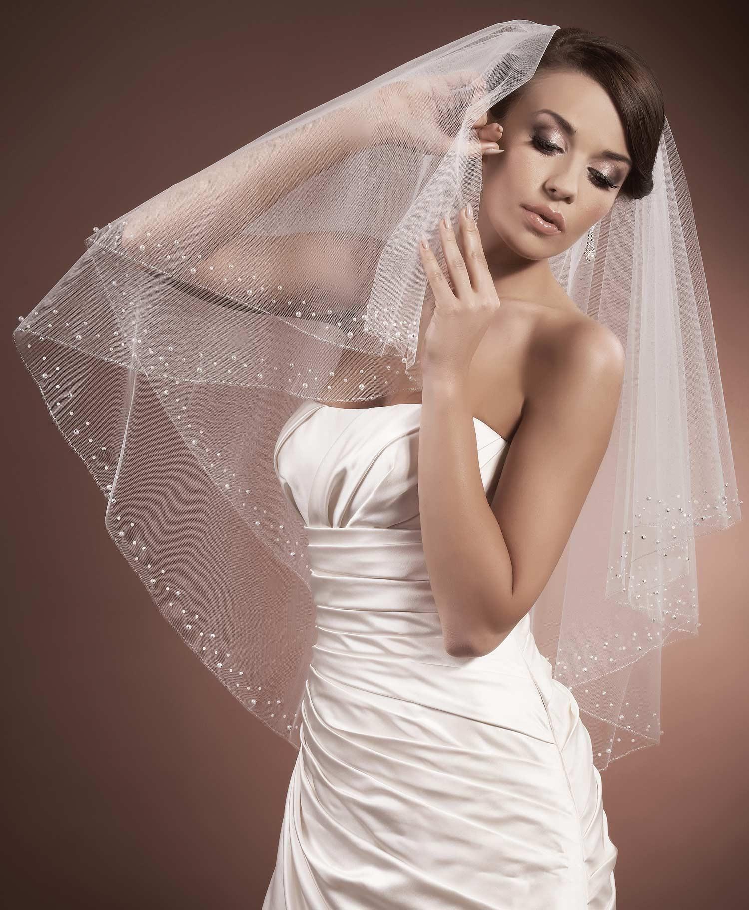 Voile de mari e tulle italien ivoire ou blanc et perles nacr es serenella - Voile de forcage au metre ...