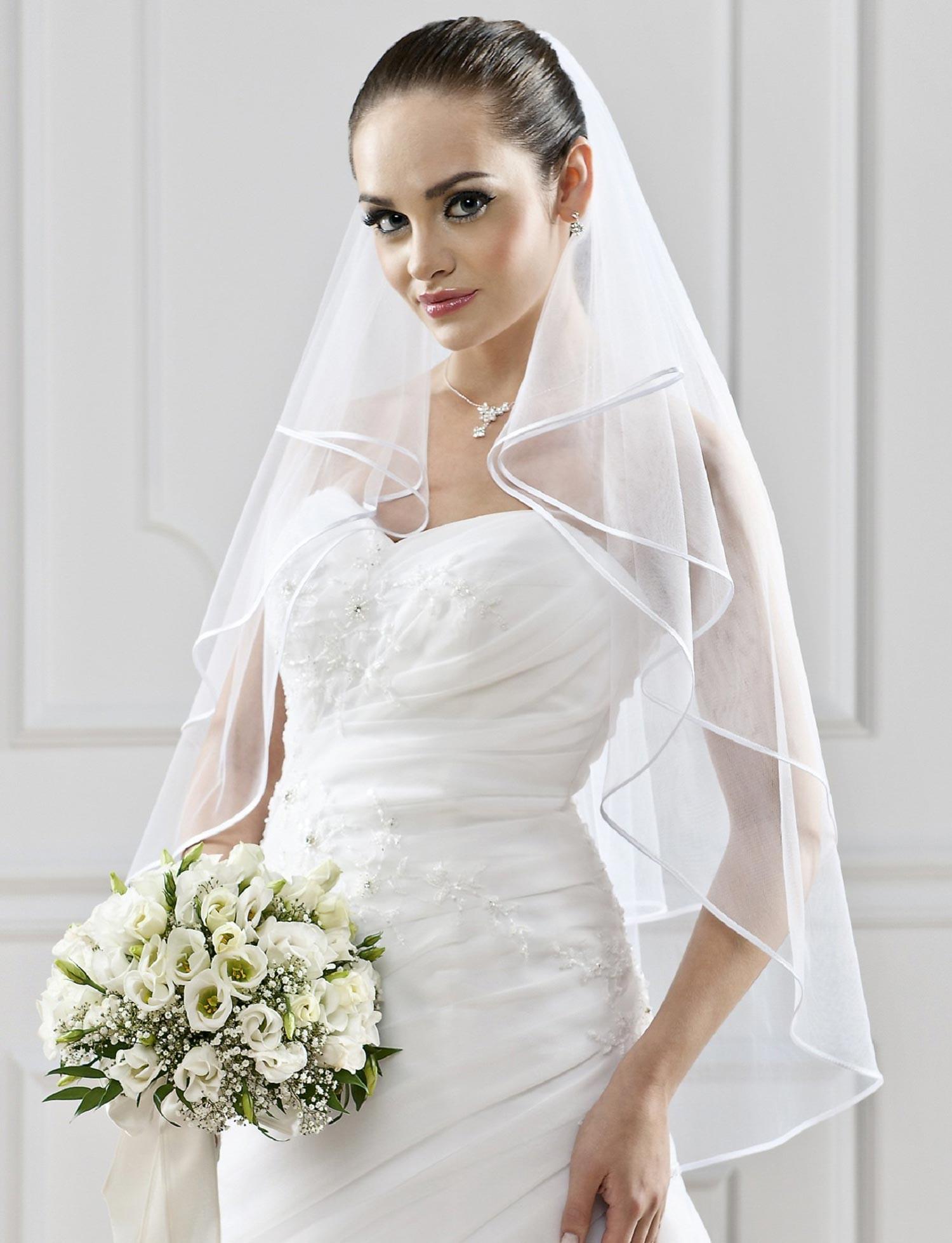 Voile de mariée ivoire ou blanc avec fine
