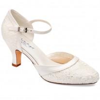 61de1b86491547 Chaussures mariée dentelle pailletée Maggie Westerleigh
