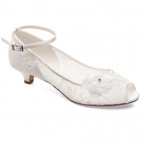 Chaussure mariage dentelle Maya Westerleigh aae570bfdca